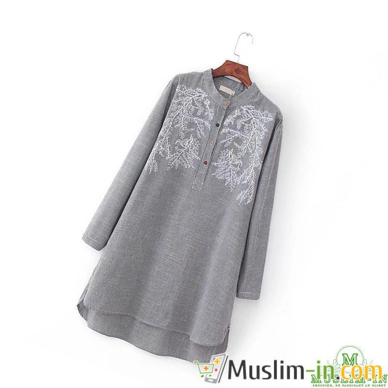 Chemise longue avec rayures et motifs gris